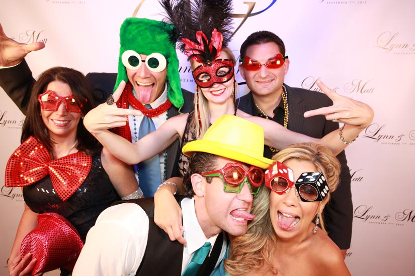 Photo-booth-for-rent-01